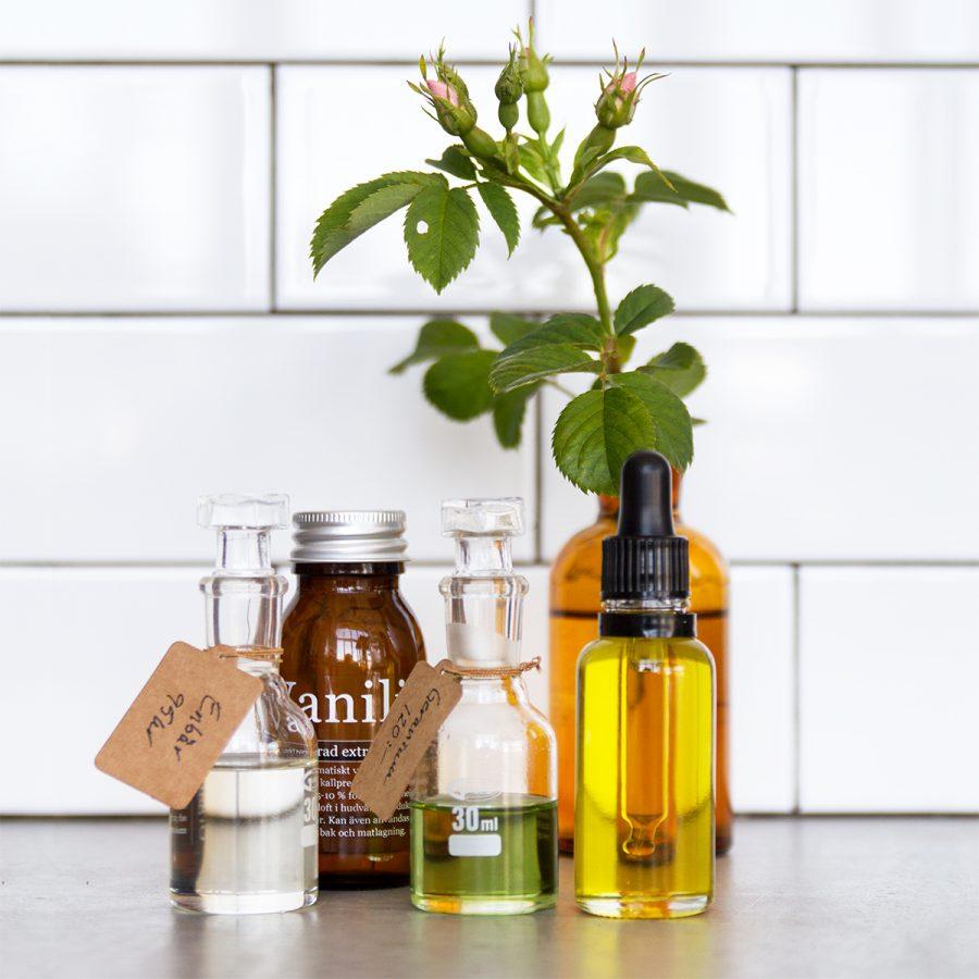 ekologsisk doftolja vanilj enbär ros - organicmakers.se
