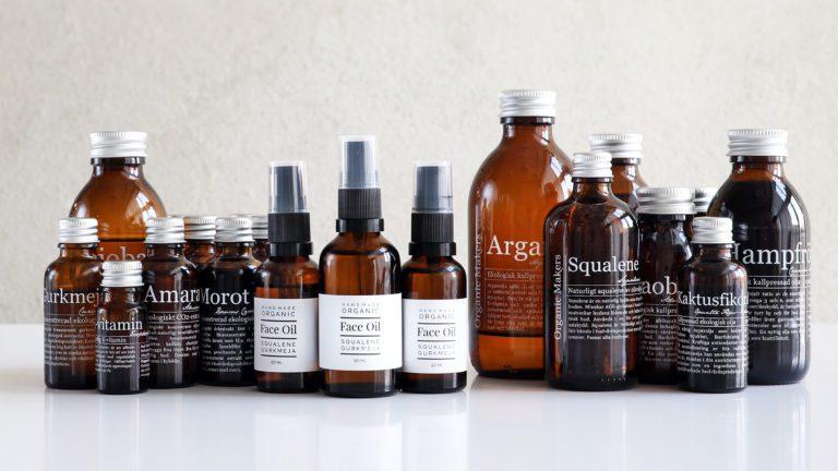 Ekologiska oljor för hudvård - vegetabiliska, kallpressade, ekologiskt certifierade