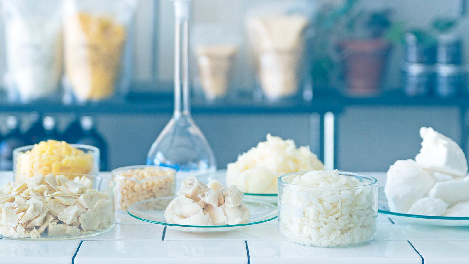 Hitta råvaror & ingredienser till dina egentillverkade hudvårdsprodukter